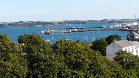 The Lookout - Falmouth, Cornwall, UK - (Sleeps 2) - Image 1 - Falmouth - rentals