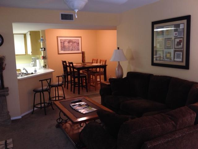 dining room - Fountain Lakes Florida, Fabulous 2 Bedroom Condo - Estero - rentals