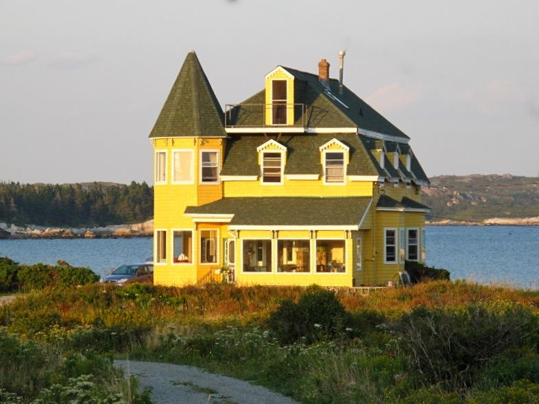Oceanside Victorian Landmark 30 min from downtown Halifax - Seaside Victorian Landmark 30 min from Halifax NS - West Dover - rentals