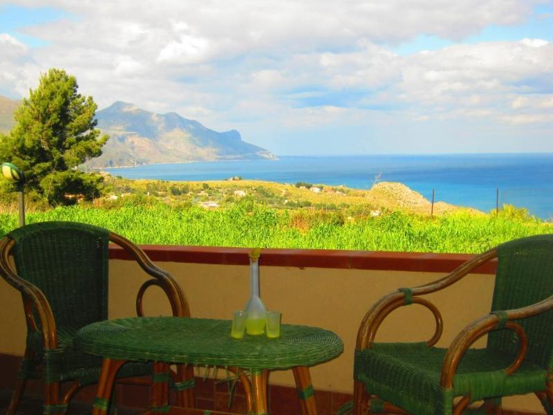 Villa Antonella - Holiday house with pool for 8 persons - Image 1 - Castellammare del Golfo - rentals