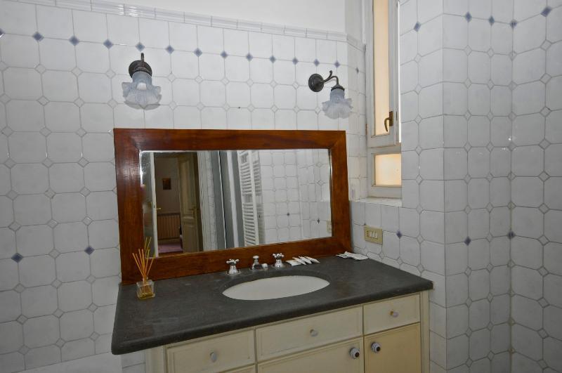 Colosseum Apartment - Image 1 - Acaia - rentals