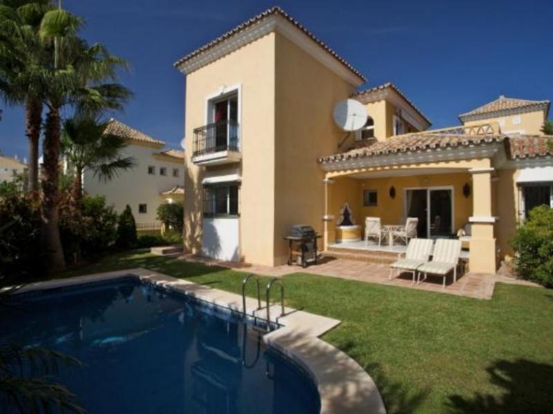 Villa Marbella East 01961 - Image 1 - Marbella - rentals