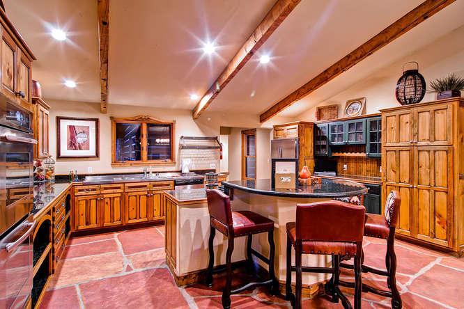 Lodge at Ski Hill - Ski access, 8 bd - Image 1 - Breckenridge - rentals