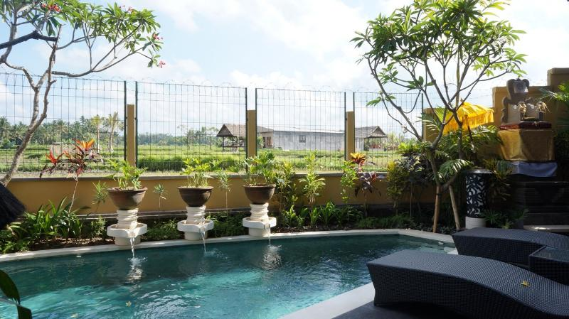 Pool View - Three Bed Room Pool Villa Rental Ubud with rice filed view - Ubud - rentals