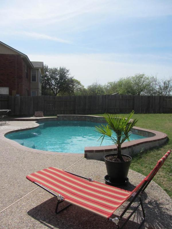 Relax in this tranquil backyard setting :)  Welcome home! - Private Pool Minutes from Sea World & Lackland - San Antonio - rentals