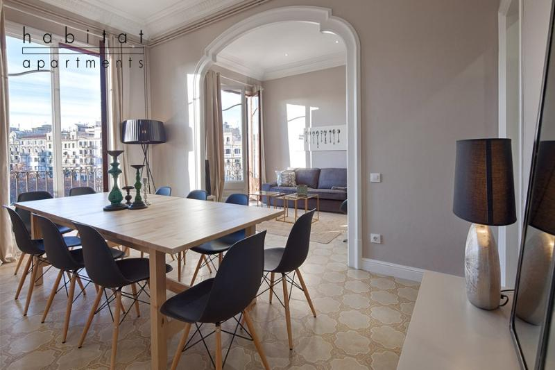 Modernista Apartment, with beautiful balconies - Image 1 - Barcelona - rentals
