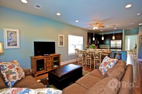 Magnolia Place Living area and Dining Area - Magnolia Place - Santa Rosa Beach - rentals