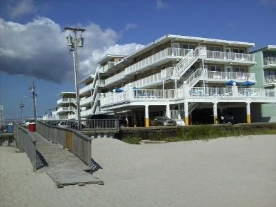 Beach Side - Beach front Apartment in Complex w/ 2 pools Wildwood Crest - Wildwood Crest - rentals