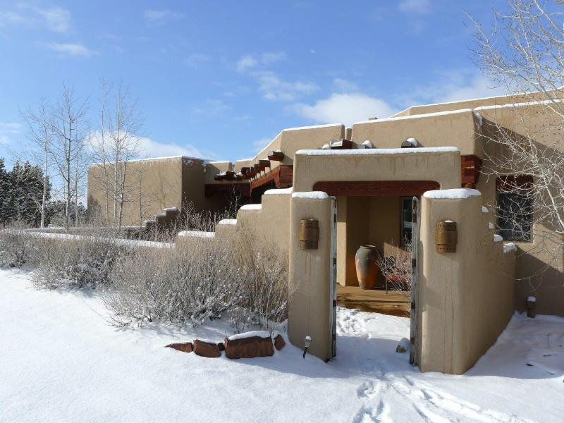 Front of house in snow - Designer Home; Spectacular Mountain Views - Santa Fe - rentals