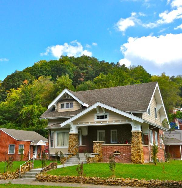 Vela's Villa Harlan Kentucky's Private Vacation Homes - Vela's Villa Harlan Kentucky Private Guesthouse - Harlan - rentals