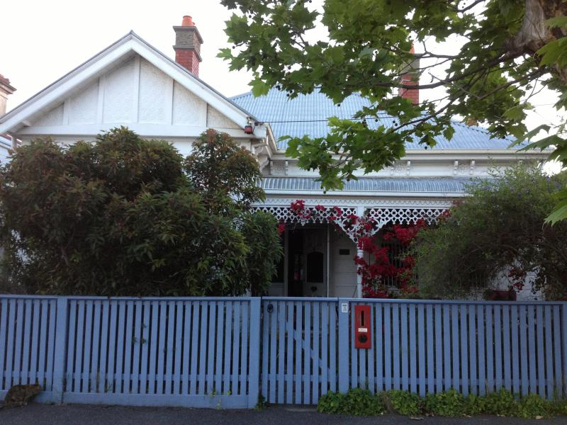 Street View - Lovely family home in Nth Fitzroy, Melbourne with Pool - Melbourne - rentals