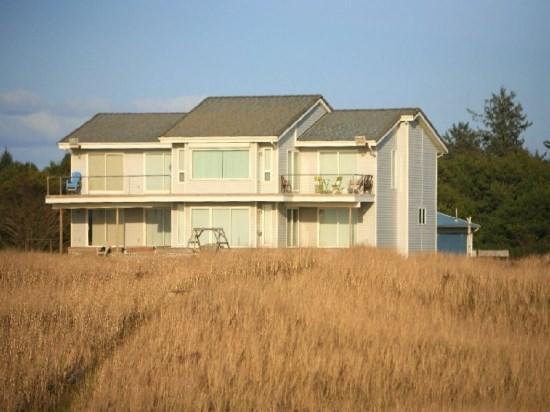 Stunning 4000 SqFt Oceanfront Home - Oceanfront Beauty - Westport - rentals