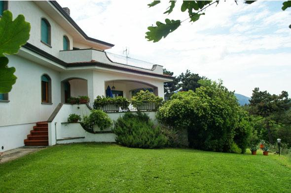 Charming Villa on the hills of Tuscany - Image 1 - Lucca - rentals