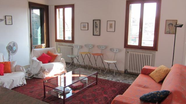 Tons of natural light - Cozy, bright Venetian penthouse with 2 Terraces - Venice - rentals