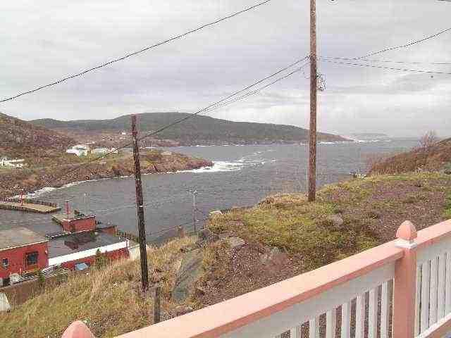 View of Ocean - Petty Harbour Cottage Close to Country and City - Petty Harbour - rentals