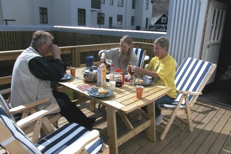 patio/ garden - Private house with private garden - Ísafjörður - rentals