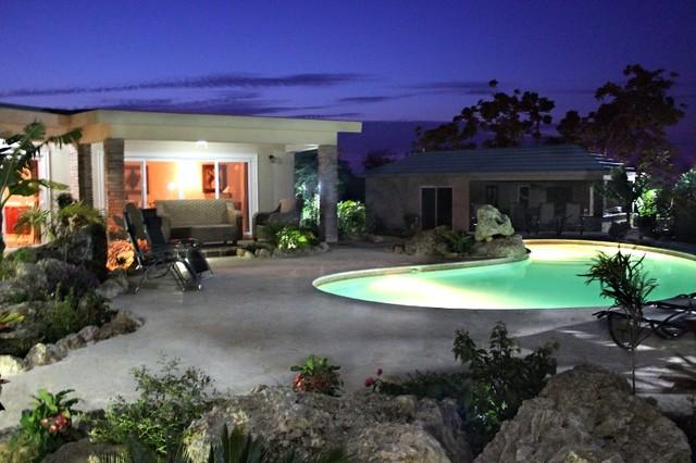 4 BDR Villa, landscaped for your privacy, with palapa and TVs in main bedrooms! - Image 1 - Sosua - rentals