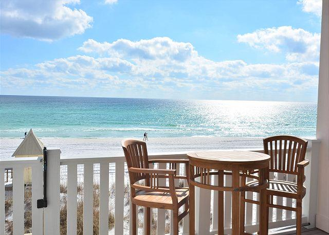 Table for 2! - PINK PEARL GULF FRONT 14x8 PRIVATE POOL FREE BEACH SERVICE  FRANGISTA BEACH - Miramar Beach - rentals