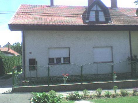 BALATONI APARTMAN - Image 1 - Balatonszarszo - rentals