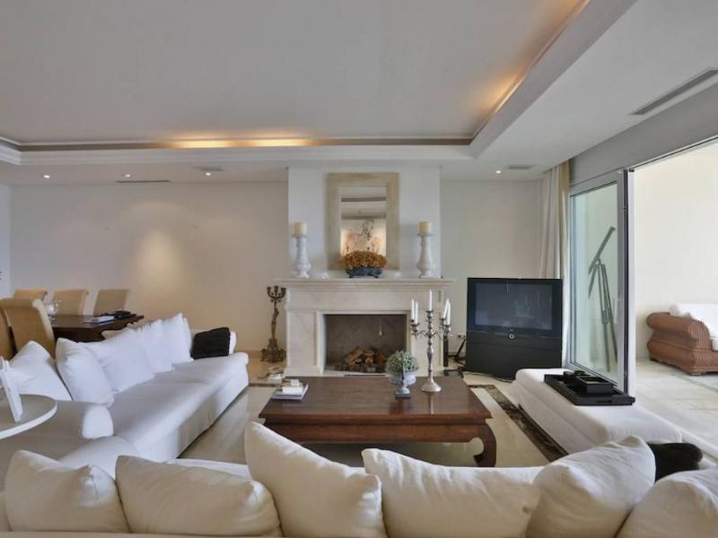 New Golden Mile Apartment - Image 1 - Marbella - rentals