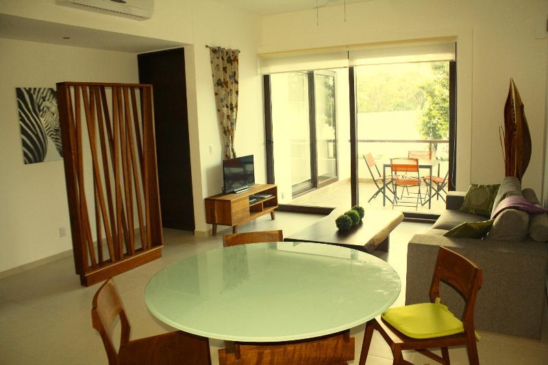 Living room - 5 star Recreational Condo in TAO / Bahia Principe / Rivera Maya on the Golf - Akumal - rentals
