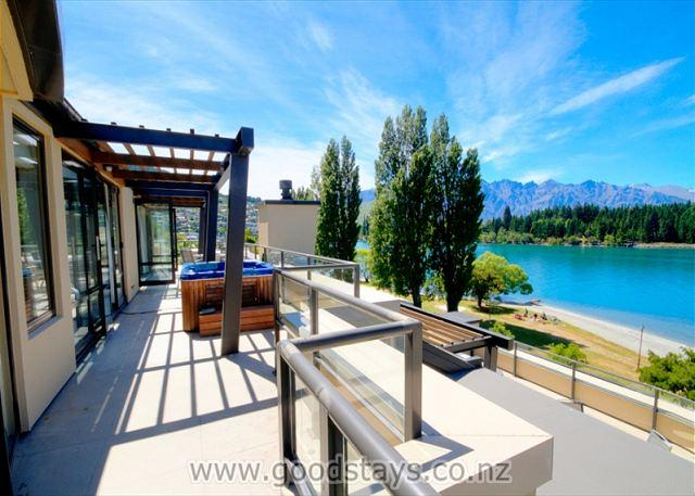 Peppers Penthouse 502 - Image 1 - Queenstown - rentals