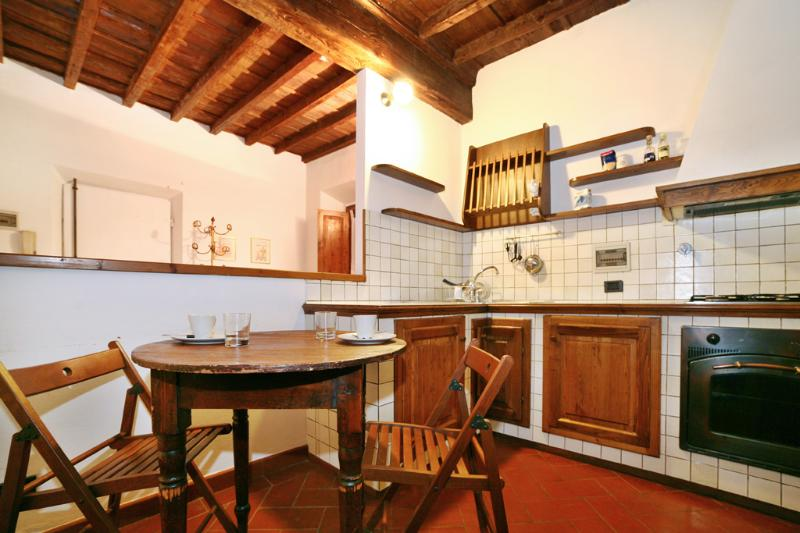 Lovely Florence Apartment at Santa Maria Novella in Palchetti - Image 1 - Florence - rentals