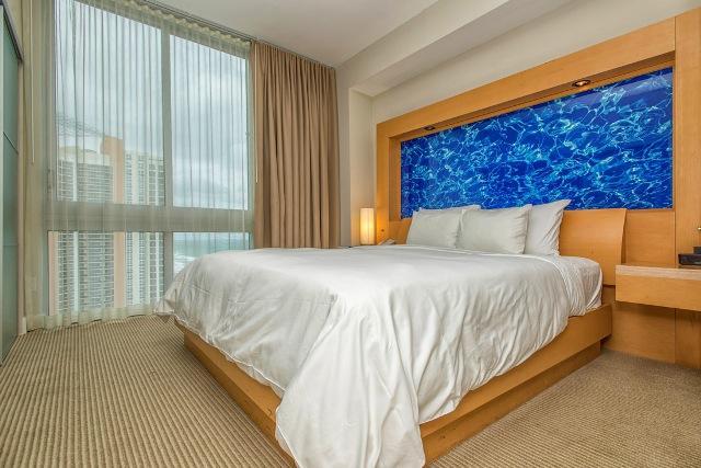 Marenas Resort Sunny Isles - 1 Bedroom - Image 1 - Sunny Isles Beach - rentals