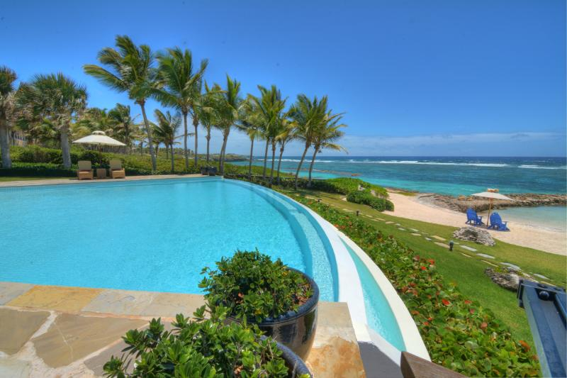 Villa Corales Beachfront 5 Bedroom - Image 1 - Punta Cana - rentals