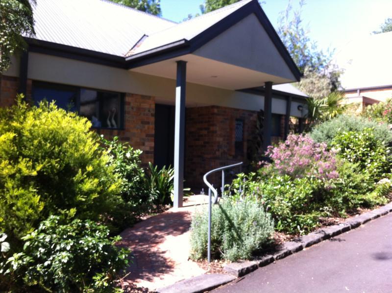 Villa Unit - Bungunyah Historic Property: Waratah Villa Unit - Melbourne - rentals