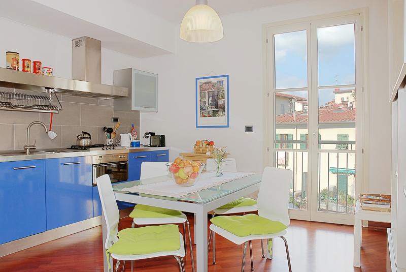 Gioberti Courtyard View - Image 1 - Florence - rentals