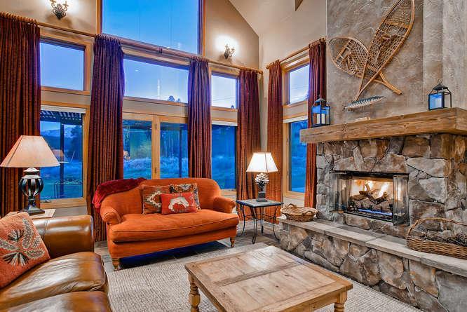 Snow Meadow Lodge - Close to the Nordic Ski Center - Image 1 - Breckenridge - rentals
