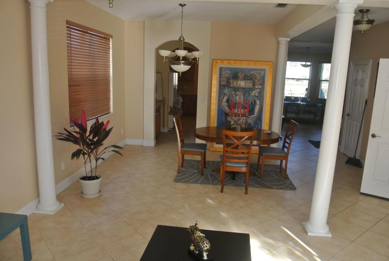 Living Room - Great Family Home for Vacations!! - Christmas - rentals