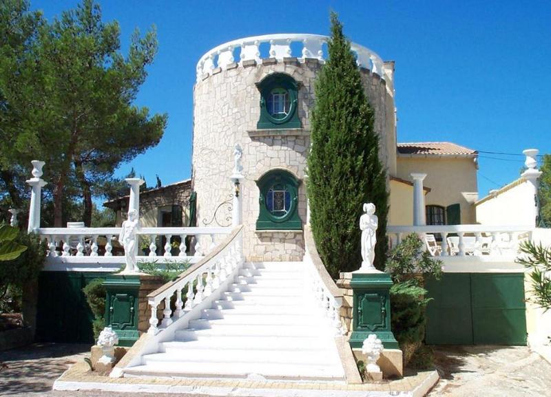 Villa Romantique-private pool, garden and parking - Image 1 - Aix-en-Provence - rentals