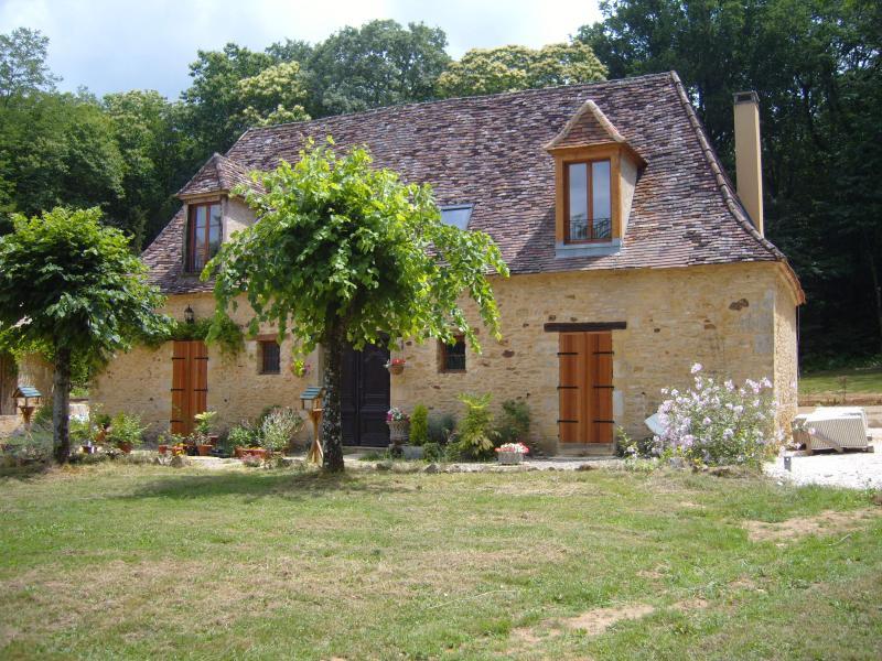 Woderful B&B set in heart of the Dordogne - Les Bressettes Excellent B&B in Elegant Bedroom - Le Bugue - rentals