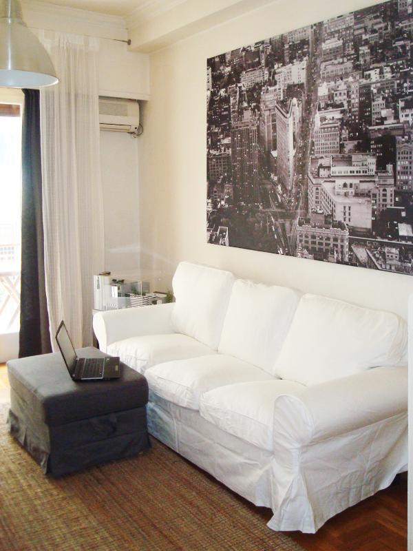 living room - Central 1BD in Kolonaki with Wi Fi Near Metro - Athens - rentals