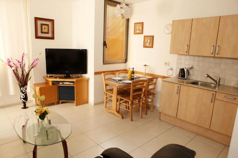Ben Yehuda 101 APT 2 - Image 1 - Gedera - rentals