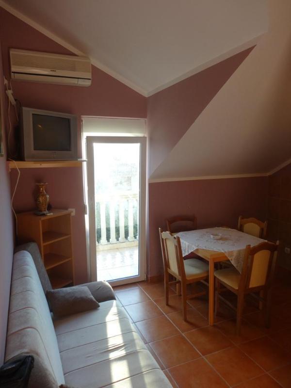 Living Room - 1 Bedroom Apart. with 5 beds - No.2 - Tivat - rentals