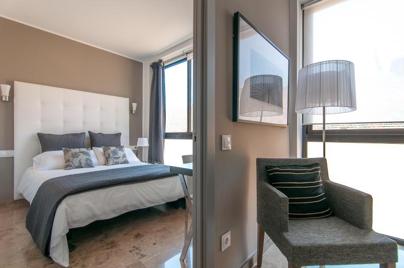 Picasso Suites 1.2 Luxury Apartment - Image 1 - Barcelona - rentals