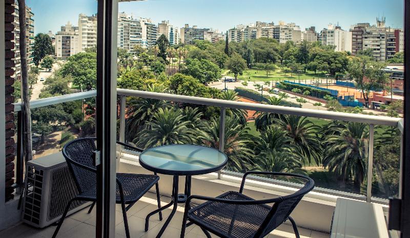 Parque y Playa Punta Carretas-100 mts de la playa - Image 1 - Montevideo Department - rentals