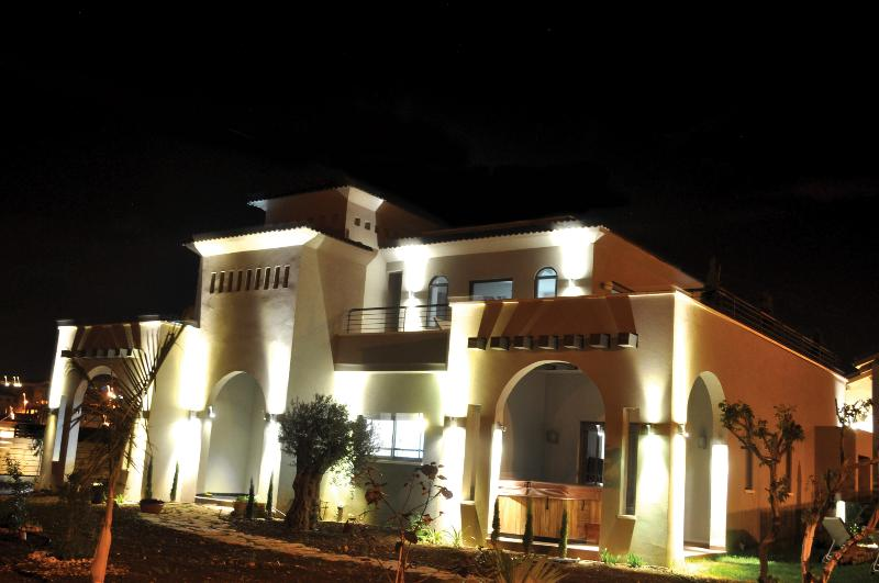 Black&White Villa - Black&White Golan Villa and suites - Had Nes - rentals