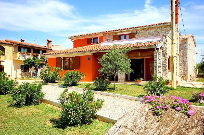Beautiful Modern Villa in Rural Istria - Image 1 - Vodnjan - rentals