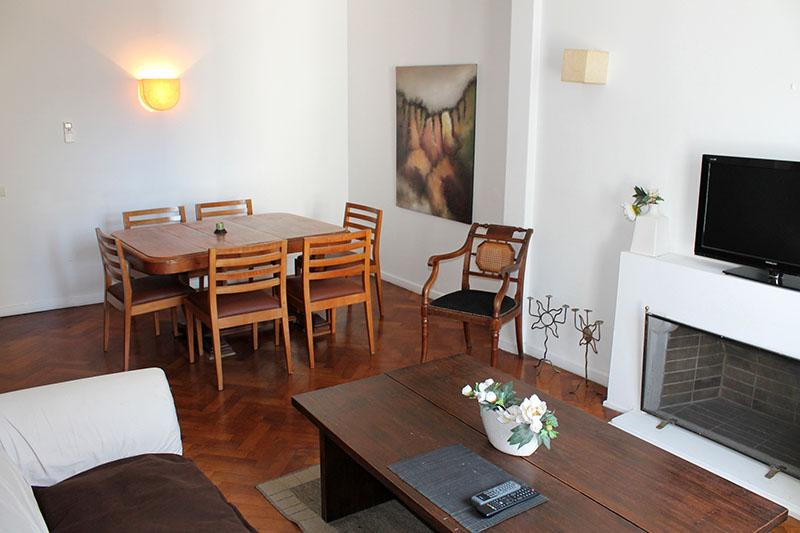 Three-bedroom apartment - Marcelo T Alvear st and Esmeralda, Centro (D169CE) - Image 1 - Buenos Aires - rentals