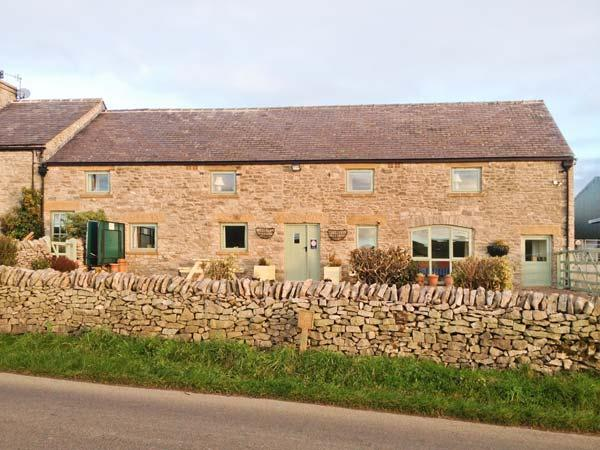 THE DAIRY semi-detached, wonderful views, pet-friendly cottage in Tideswell Ref. 29530 - Image 1 - Tideswell - rentals