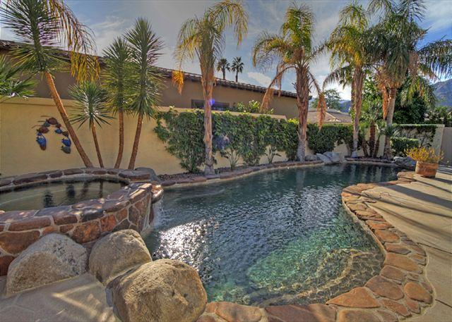 Pool and Spa - Amazing Lake and Mountain View with a Private Pool & Spa - La Quinta - rentals
