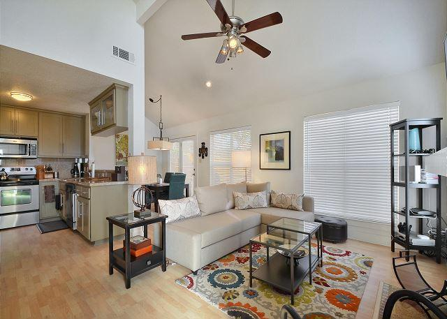 Living - 2BR/2BA Bring the Whole Family to Our Friendly Home! - Austin - rentals