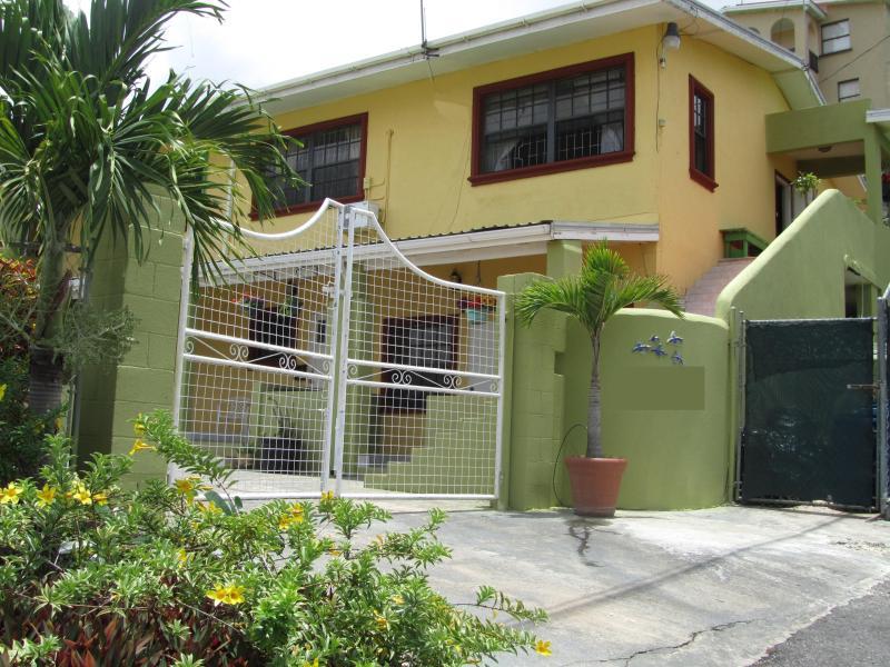Bk Villas - BK Villas Spacious Three Bedroom Villa - Maxwell - rentals