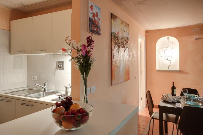 Fantastica Corte Affrescata in Centro Storico - Image 1 - Florence - rentals