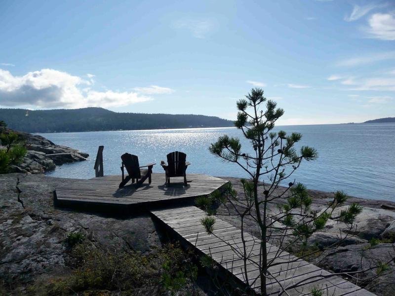Perfect spot - Spectacular Waterfront in Halfmoon Bay - Halfmoon Bay - rentals