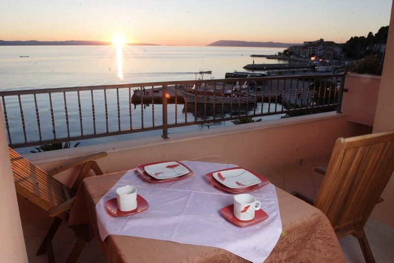 Peaceful waterfront apartments in a city center. - Image 1 - Podgora - rentals